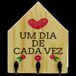 Quadro de Madeira com ganchos Um dia